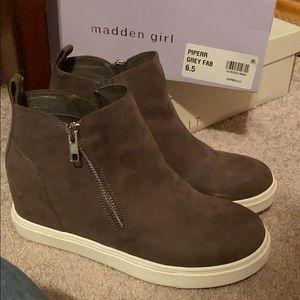 madden girl wedge sneakers